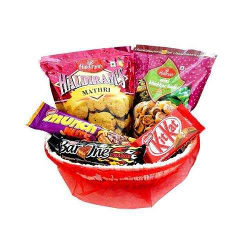 Hamper With Basket -  03 - UK Delivery Only
