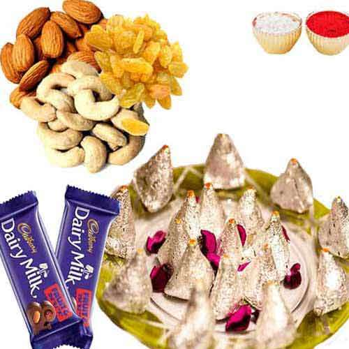 Kaju Samosa with Dry fruits & Chocolate - UK Delivery Only